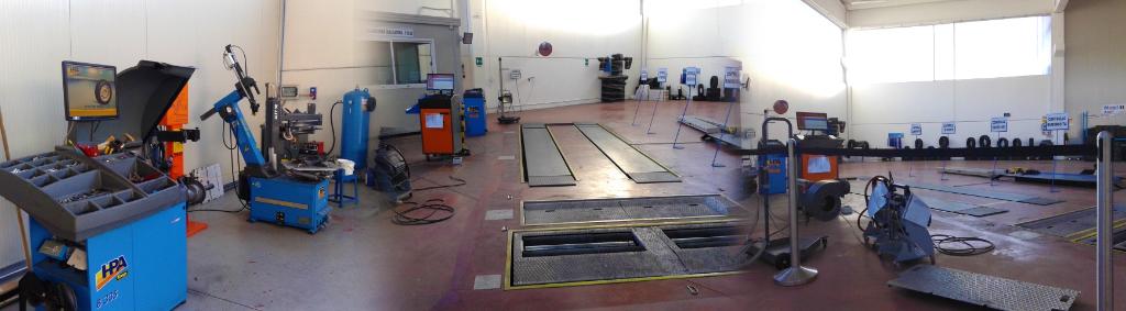 Autofficina odella meccanica for Presse idrauliche usate per officina